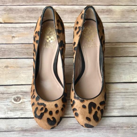 c24488ecd7c  vince camuto  leopard spotted calf hair pumps. M 5a7b89242ab8c5f69a8f5a9d